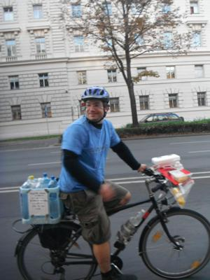 an image named bicycle/2012_09_cm_images/cm_201209__11.jpg